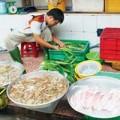 Mua sắm - Giá cả - Hải sản trắng nõn nhờ đạm urea và thuốc tẩy javel
