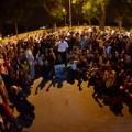 Tin tức - Hàng ngàn người trắng đêm trước nhà Đại Tướng