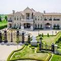 Nhà đẹp - Vì nụ hôn ngày cưới, xây cung điện trăm tỷ