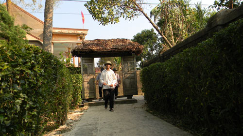 nghieng minh truoc di anh tuong giap - 1