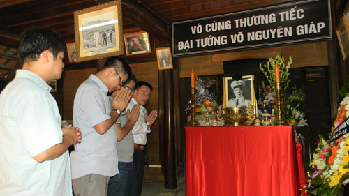 nghieng minh truoc di anh tuong giap - 8
