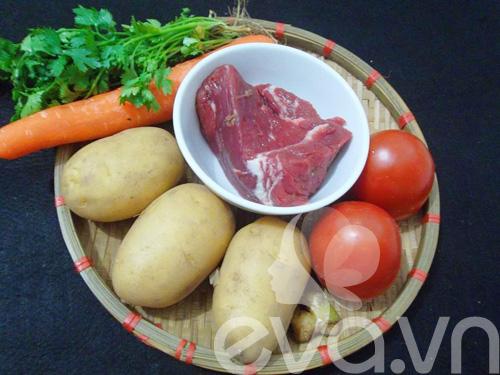 Thịt bò hầm khoai tây nóng hổi - 1