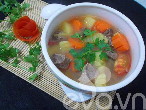 Thịt bò hầm khoai tây nóng hổi - 7