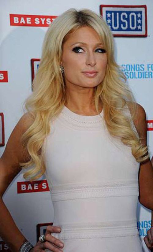 paris hilton: qua nhieu diem xau tren co the - 12