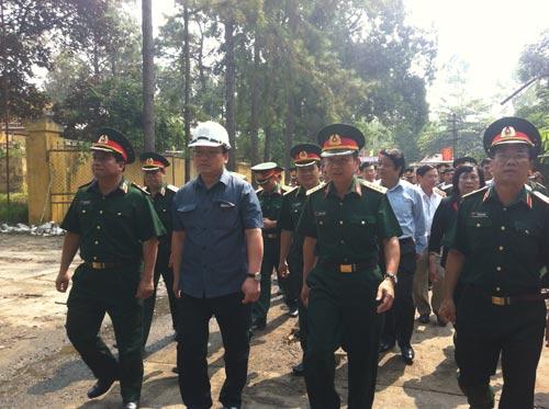 can canh hien truong vu no kho phao hoa - 1