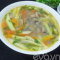 Bếp Eva - Canh trùng trục nấu me chua hấp dẫn