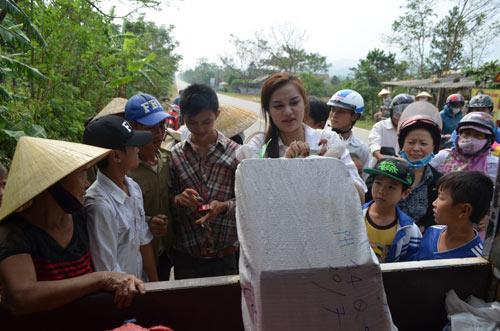 """dieu han chung to """"hoa hau khong son phan"""" - 6"""