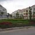 Mua sắm - Giá cả - Hà Nội: Biệt thự, liền kề rẻ ngang chung cư