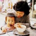 """Làm mẹ - """"Sốc"""" vì mẹ chồng Hàn Quốc cổ hủ"""