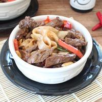 Mì gạo trộn thịt bò xào ngon lạ