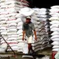 Mua sắm - Giá cả - Gạo: Mất trắng thị trường truyền thống