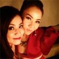 Làng sao - Thu Minh đọ vẻ sexy cùng Hoàng Thùy Linh