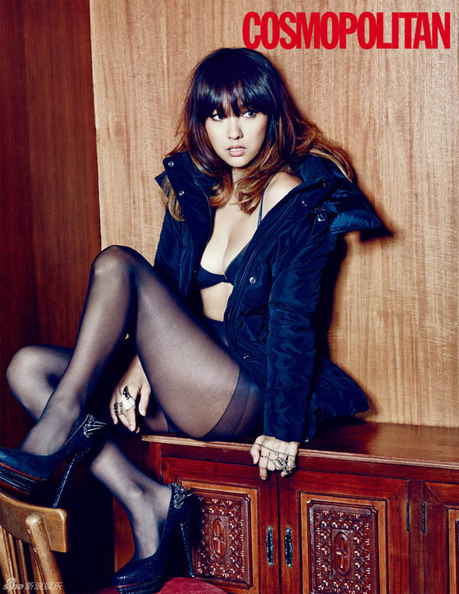 Xuất hiện sexy trên tạp chí Cosmopolitan, nữ hoàng nhạc pop Lee Hyo Ri tuyên bố: 'Tôi không ngại giữ hình tượng sexy và chồng tôi cũng biết rõ điều này'