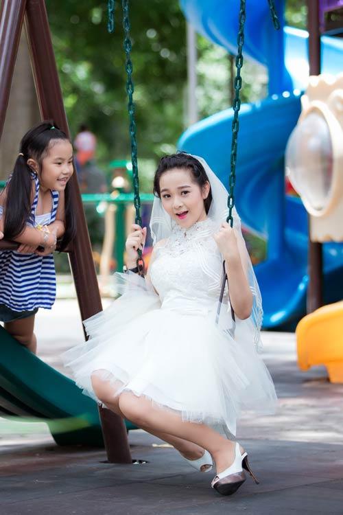 """ban sao angela phuong trinh"" lam co dau tuoi 15 - 5"