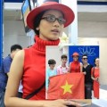 Thời trang - Trương Thị May tươi tắn khởi hành đi thi