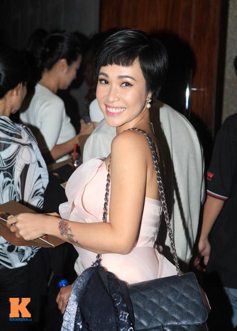 thu phuong lien tuc keo vay che nguc - 8