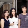 Làng sao - Lộ diện mẹ và em trai của Vân Trang
