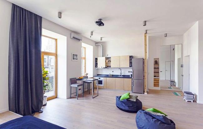 Diện tích của một căn hộ tất nhiên là quan trọng nhưng không phải lúc nào cũng là yếu tố chủ đạo, quyết định diện nạo của một nơi nào đó. Có vô số những ngôi nhà nhỏ nhưng trông thật tuyệt vời và ngược lại cũng có nhiều ngôi nhà không được chăm chút về thiết kế. Điều này chỉ xảy ra khi chúng ta đã tìm thấy một căn hộ, có thể là hơi nhỏ cho một người sống nhưng diện mạo của nó thì … miễn chê.