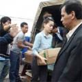Làng sao - Hồ Ngọc Hà tự tay chuyển đồ cứu trợ vùng lũ  lụt