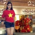 Thời trang - Trương Thị May nổi bật với áo in Quốc kỳ Việt Nam