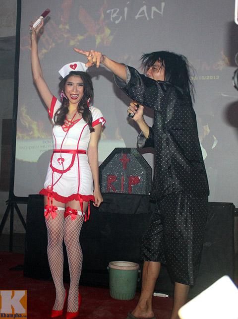 ngọc quyen làm y tá sexy trong dem halloween - 8