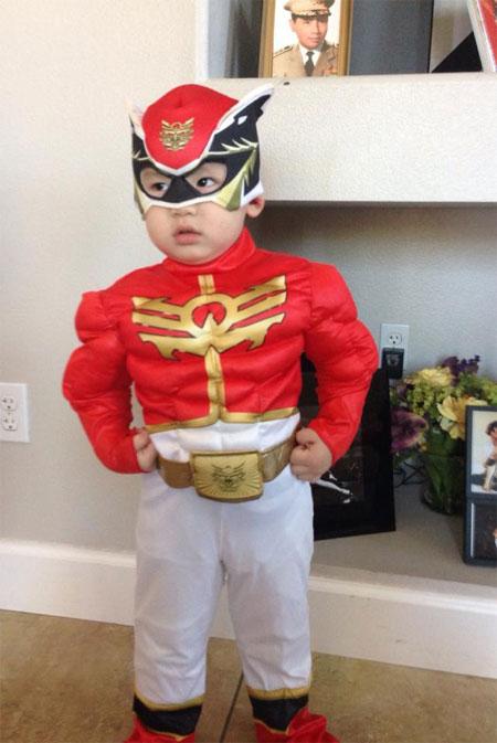 con trai bang kieu ngo nghinh don halloween - 2