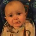 Clip Eva - Bé rơi nước mắt khi nghe mẹ hát