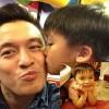 Làm mẹ - Con trai Lam Trường ngày càng giống bố!