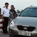 Tin tức - BS vứt xác: Nghi vấn dấu vết trên xe ô tô
