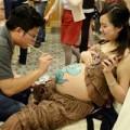 Bà bầu - Cực độc cuộc thi vẽ tranh trên bụng bầu