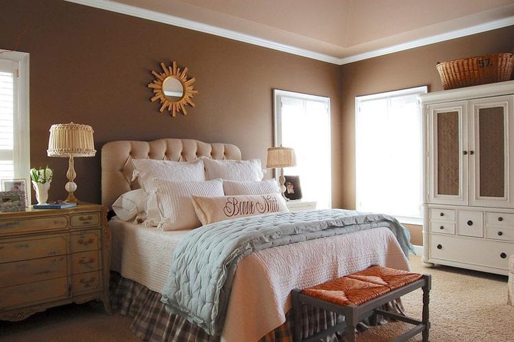 Phòng ngủ có phong thủy tốt là căn phòng thúc đẩy được dòng chảy năng lượng dồi dào, khiến bạn thực sự vui vẻ và thoải mái khi ở trong đó, giúp bạn đi vào giấc ngủ nhanh chóng và khiến mỗi lần trao yêu thương càng say đắm hơn.  Có rất nhiều cách để tạo ra phong thủy tốt cho phòng ngủ. Hãy tham khảo và vận dụng những lời khuyên phong thủy hữu ích dưới đây cho phòng ngủ của chính bạn.