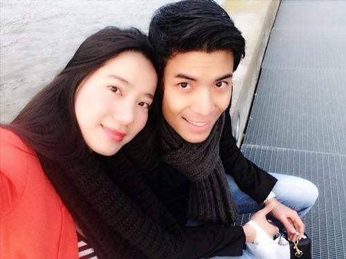 chung thuc quyen hanh phuc canh ban trai tai thuy sy - 6