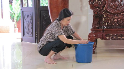 """NSƯT Kim Xuân đầy cảm xúc trong """"Người giúp việc"""" - 2"""