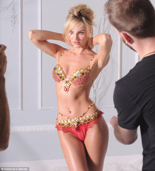 candice swanepoel long lay ben ao nguc trieu do - 4