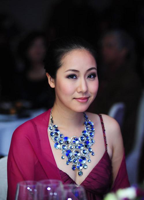 style that thuong kho doan cua ngo phuong lan - 10