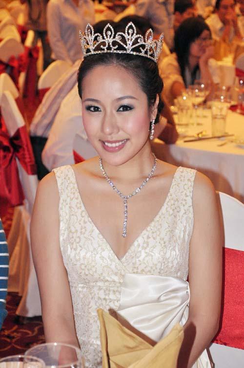 style that thuong kho doan cua ngo phuong lan - 1