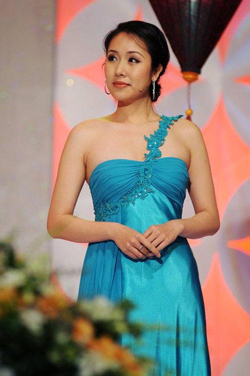 style that thuong kho doan cua ngo phuong lan - 2