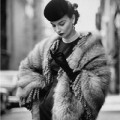 Thời trang - 16 mẫu áo khoác tối giản, tinh tế 'xuyên thời đại'