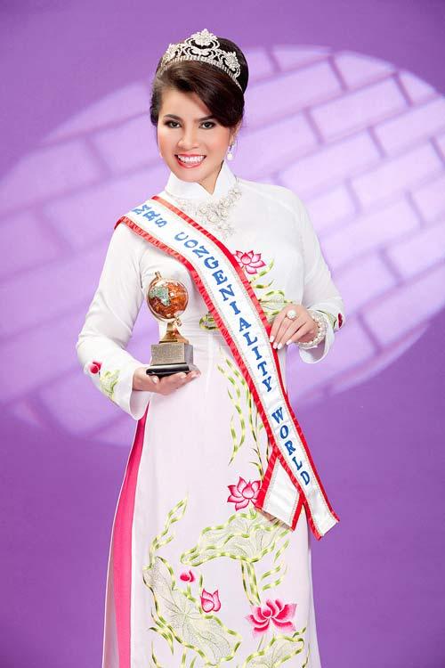 TS Kim Hồng làm giám khảo HH Quý bà thế giới 2013-3