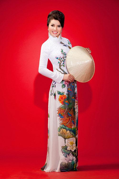 TS Kim Hồng làm giám khảo HH Quý bà thế giới 2013-2