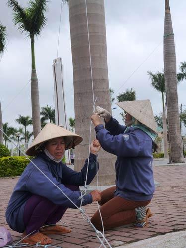 Dân miền Trung bắt đầu chạy siêu bão HaiYan - 15