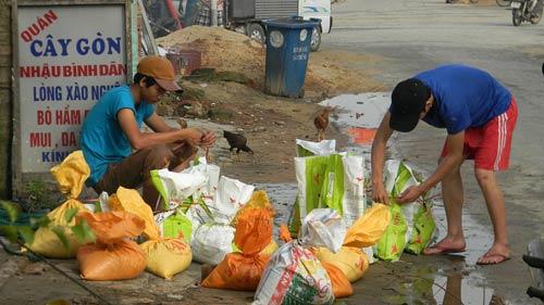 Dân miền Trung bắt đầu chạy siêu bão HaiYan - 6
