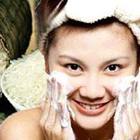 5 tác dụng không ngờ của nước vo gạo