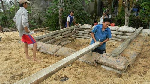 Đã có 2 người chết do bão Haiyan tại Việt Nam - 1