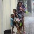Tin tức - Bão Haiyan: Hơn 100 thi thể nằm trên đường phố