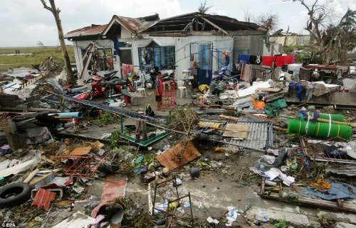 Ảnh, video: Philippines tan hoang sau siêu bão Haiyan - 1