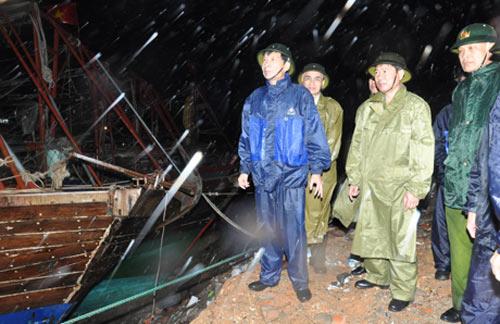 Gió bão rất lớn ở Hải Phòng, Quảng Ninh - 1