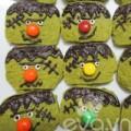 Bếp Eva - Ngộ nghĩnh bánh quy trà xanh hình quái vật