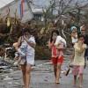 Philippines: Ngạt thở vì tử thi bốc mùi sau bão Haiyan