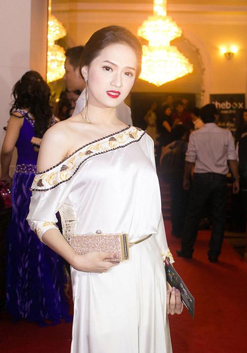 lam chi khanh, huong giang lai 'nhu tuong' - 5